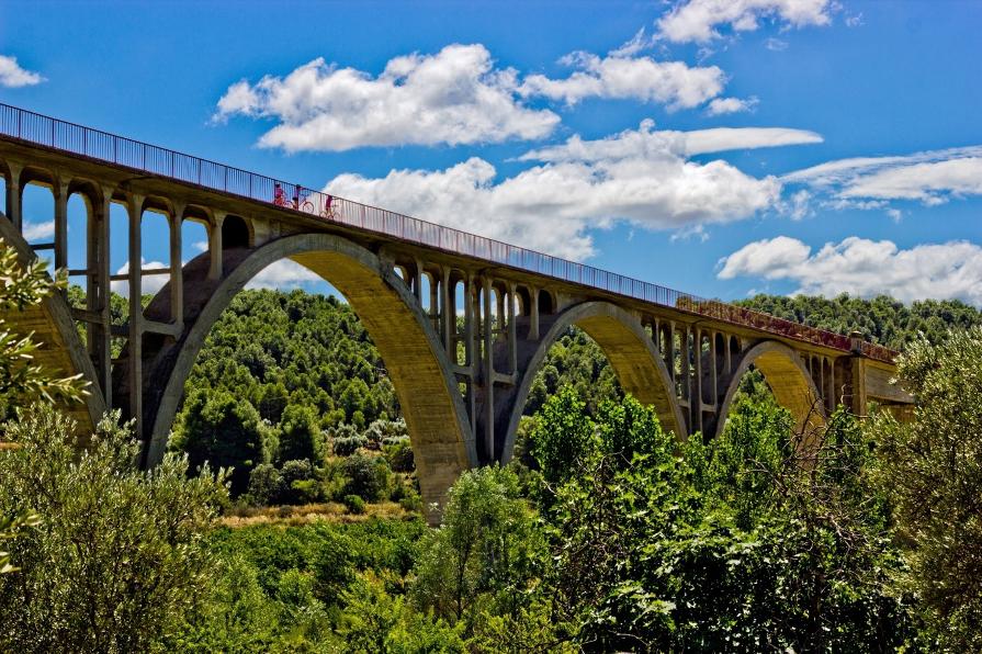 """""""Puente sobre el Matarraña"""", de Iván Martínez Castro"""